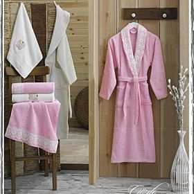 10-pcs-3d-family-bathrobe-set_Pink